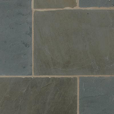 Bluestone Full Color, Natural Cleft Patterned Flagstone