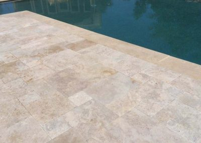 Ivory Travertine Flagstone Pavers Image 4