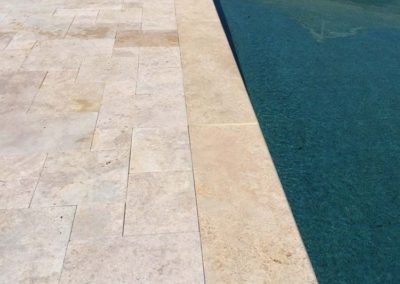 Ivory Travertine Flagstone Pavers Image 9