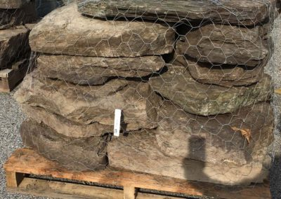 PA Fieldstone Stone Steppers 9-15 per Pallet Image 2